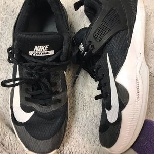 Black Nike Volleyball shoes!